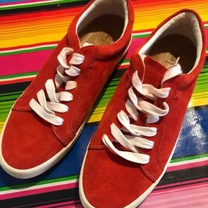 Beautiful suede FRYE sneakers - LIKE NEW